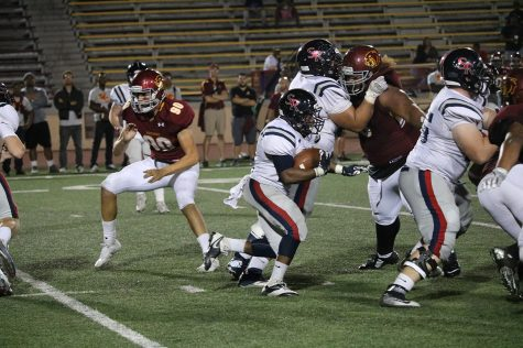 Bear Cubs Escape to Remain Undefeated