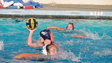 Women's water polo defeats Diablo Valley College 11-3