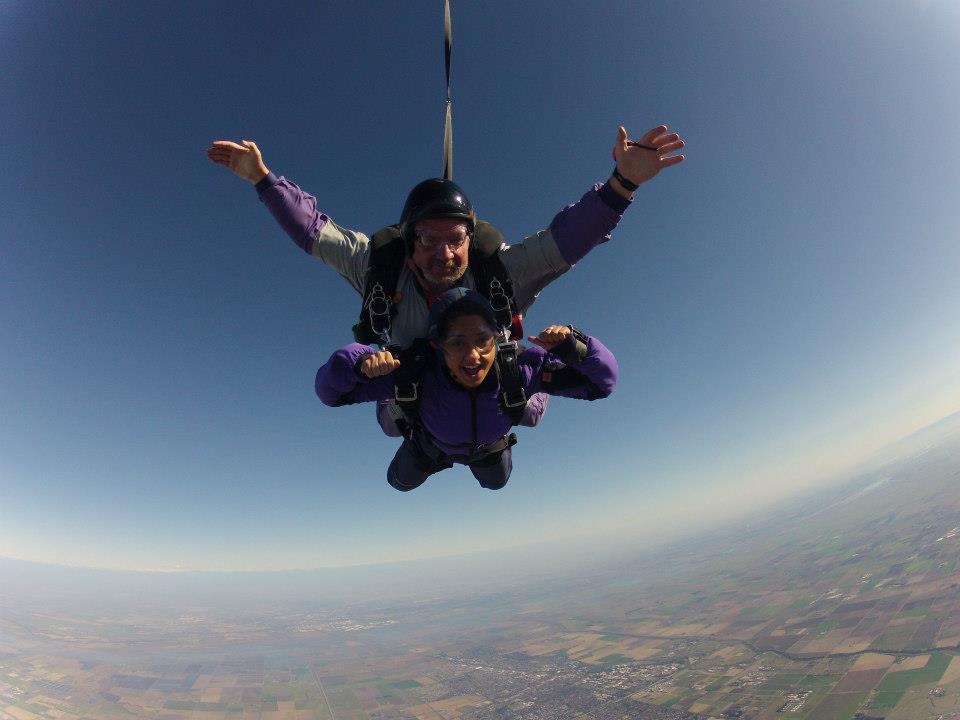 Tara Kaveh falls more than 13,000 feet over Yolo County on her 18th birthday with her skydiving instructor.