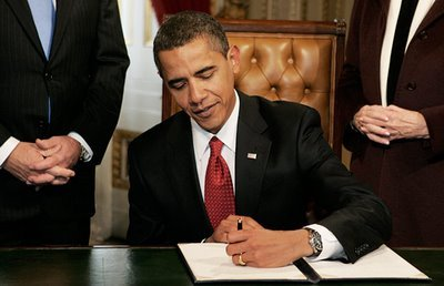 Barack Obama signs all of his vetoes southpaw style, like 7 of his predecessors.