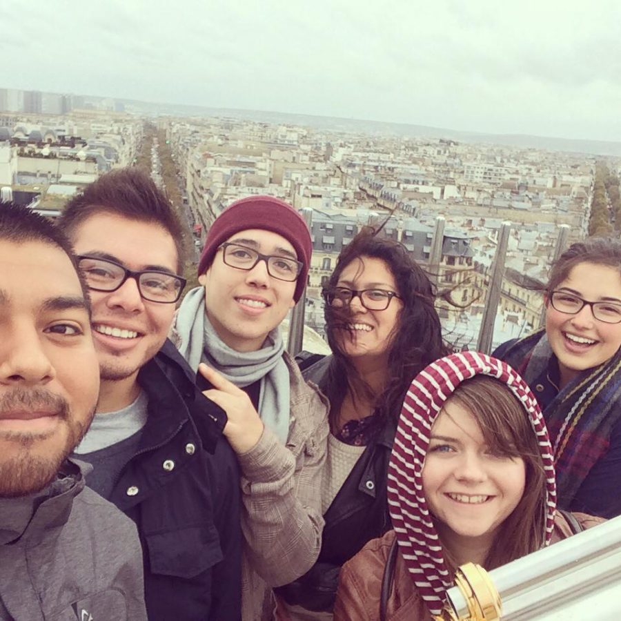 Eduardo+Arango+and+other+students+on+top+of+the+Arc+de+Triomphe+in+Paris%2C+France+from+last+semester%E2%80%99s+study+abroad+trip.+++