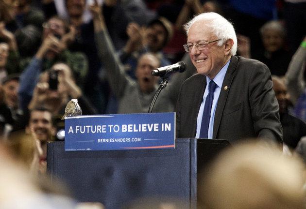 SRJC students lead the movement for Bernie