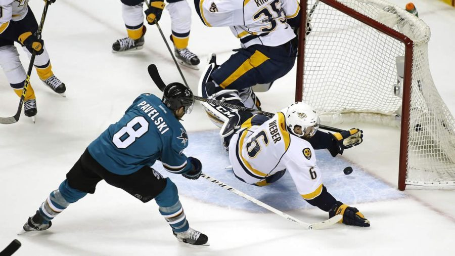 Sharks+Playoff+Report%3A+Pavelski+leads+by+example+in+Sharks+5-1+rout+of+Predators+in+Game+5