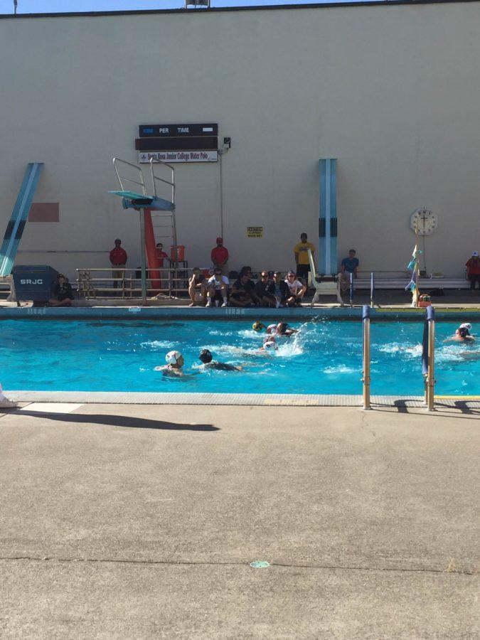 Women's water polo win  streak reaches five games