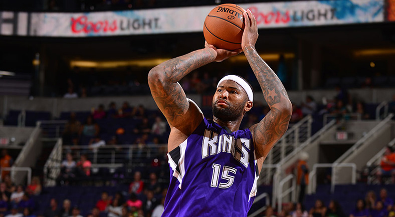 Demarcus+%22Boogie%22+Cousins+steps+back+for+fadeaway+mere+moments+before+being+traded+to+the+New+Orleans+Pelicans.