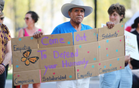 DACA recipients hold breath over deadline
