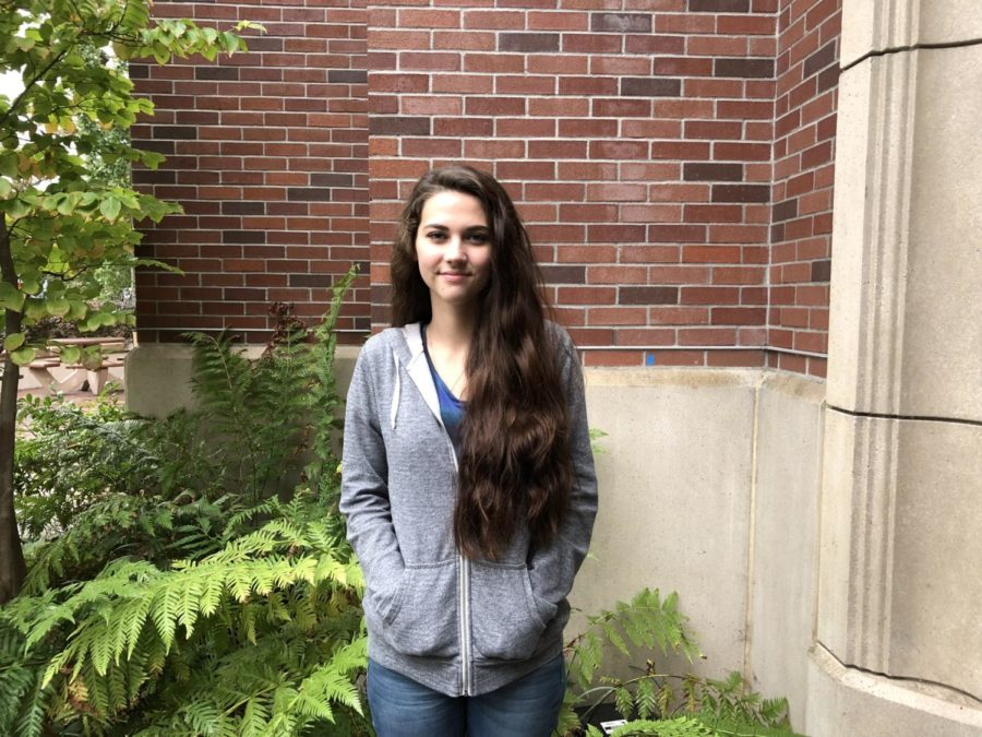 Kiani+Bush+is+trying+to+resume+classes+at+the+SRJC+this+semester+after+losing+her%0Ahome+on+Oct.+9.+She+lost+all+of+her+school+supplies+and+textbooks+in+the+blaze.+PC+Rachel+Edelstein