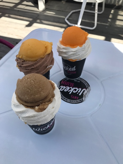 Flavors+include+rootbeer+float%2C+mango+with+chocolate+and+orange+cream+and+vanilla.