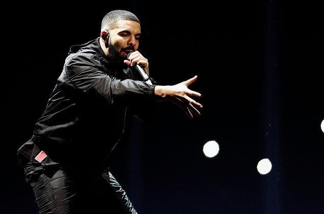 Drake+gives+back
