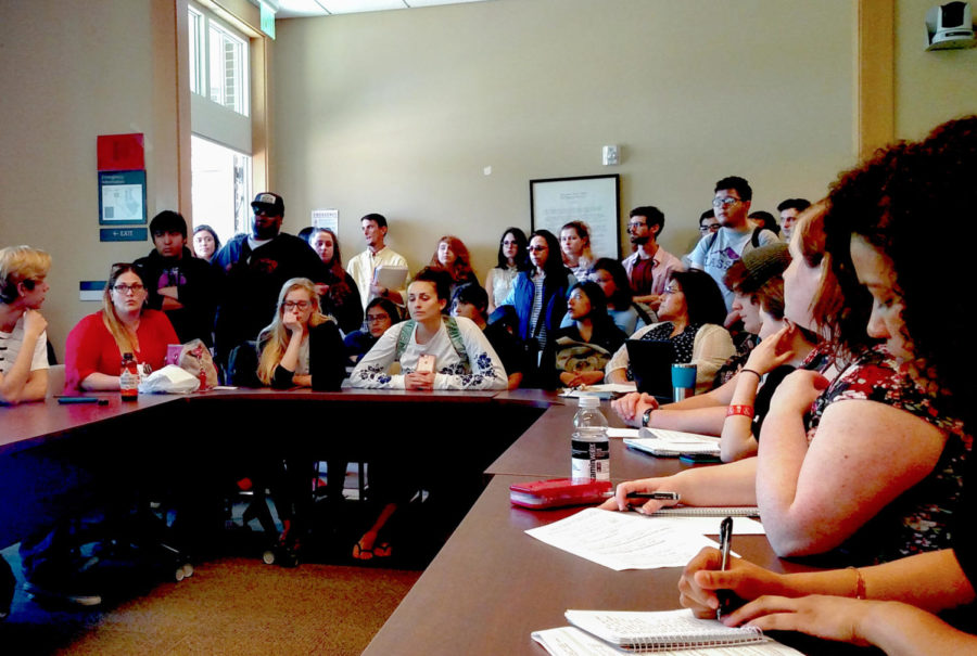 More+than+30+students+crammed+into+the+Santa+Rosa+Junior+College+Senate+Chambers+to+voice+their+concerns+to+SRJC+President+Frank+Chong+over+the+administration%27s+now-scrapped+plans+to+effectively+cancel+summer+term.+The+Student+Government+Assembly+%28SGA%29+hosted+the+forum.