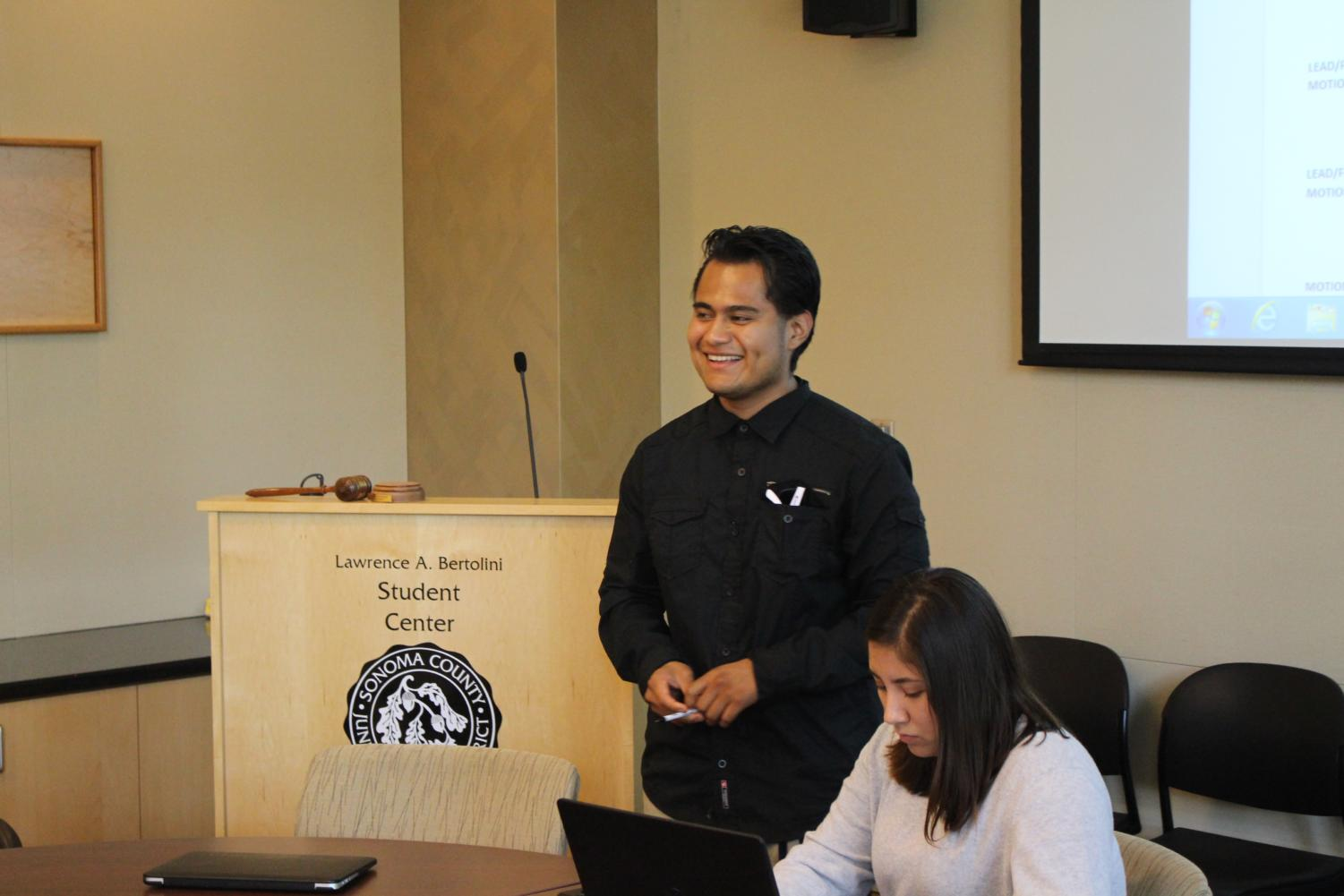 Newly-elected Student Government Assembly President Eduardo Osorío Juárez presides over the first meeting of the Santa Rosa Junior College fall semester next to Vice President of Student Life Jocelyn Toscano-Contreras.