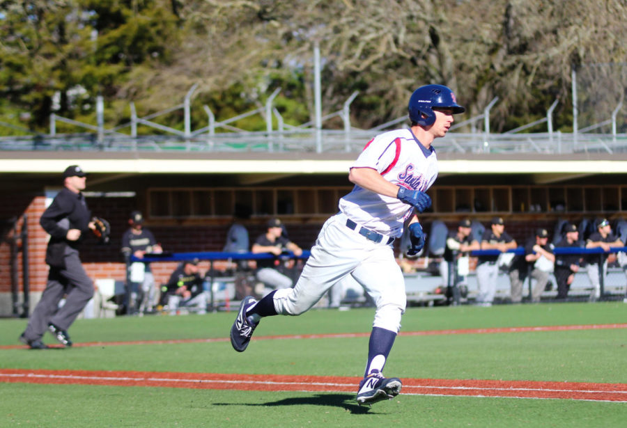 Outfielder+Tayler+Cullen+sprinted+to+first+base+In+the+second+inning+of+SRJC%27s+8-5+victory+over+College+of+Marin.+