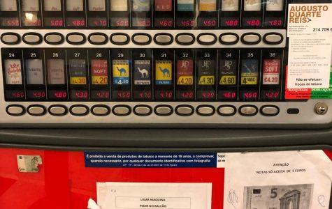 Analogue cigarette machines (nondigital) are still present in Portugal.