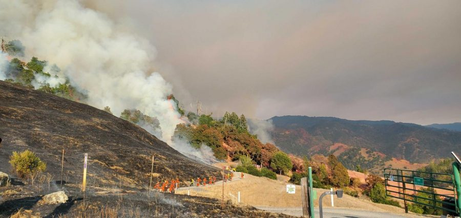 At+10%25+containment%2C+the+Kincade+fire+scorched+25%2C000+acres+as+of+Saturday.