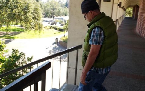 Peeping tom in Emeritus Hall men's room evades arrest
