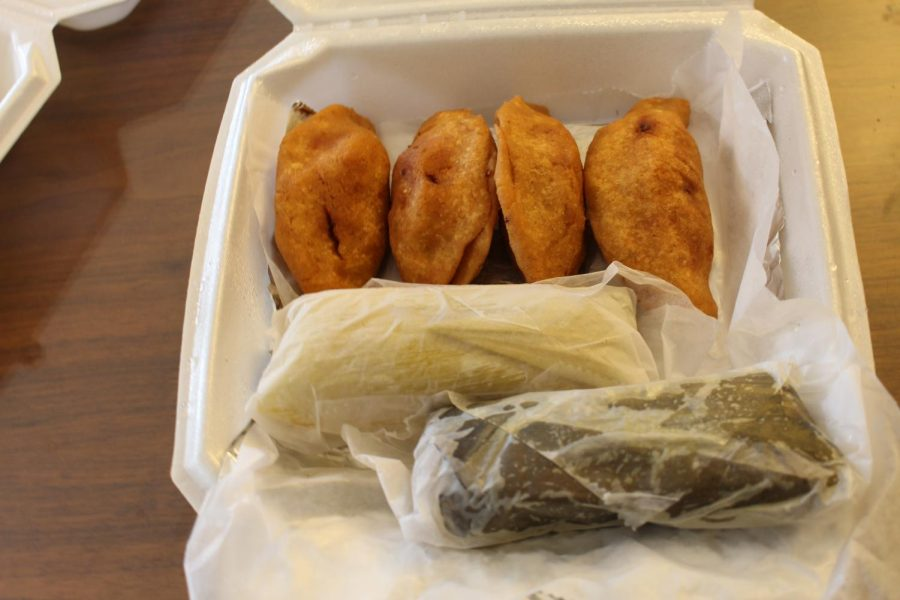 Pupuseria+Salvedore%C3%B1as%27++in+Santa+Rosa+serves+corn+and+chicken+tamales%2C+pictured+here+wrapped+in+plastic.+