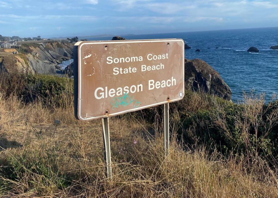 A+sign+for+Sonoma+County+state+beach+Gleason+Beach+on+the+Sonoma+coast.