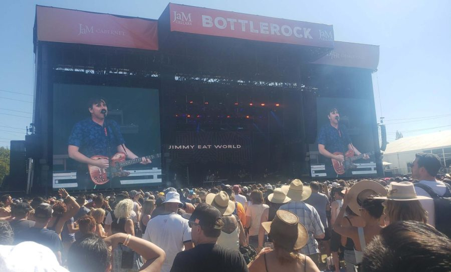 A shot of the BottleRock main stage during the day as Jimmy Eat World plays to a packed audience.