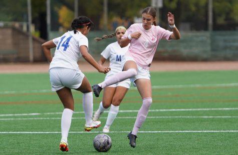 SRJC women's soccer team dominates Modesto 5-1, Monroy scores two goals